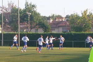 Miki López dóna els tres primers punts de la temporada a l'Avià (1-2)