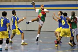 Derrota clara de l'Handbol Berga en la seva estrena (18-24)