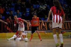 La primera de futbol sala femení retorna del mundial amb punxada del Gironella