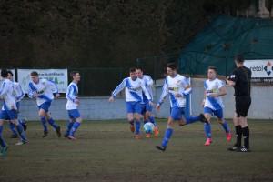 La primera de les onze finals de l'Avià acaba amb derrota (4-2)
