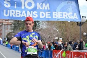 Les millors imatges dels 5 i 10 km urbans de Berga