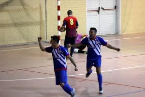 Festival de gols als veïns (8-1)