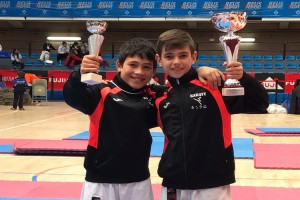 El berguedà Aitor Valle aconsegueix la tercera posició al Campionat de Catalunya de Karate infantil