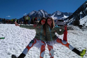 Clàudia Sabata i Júlia Font es proclamen campiones promesa del Campionat d'Espanya d'Esquí de Muntanya per Equips