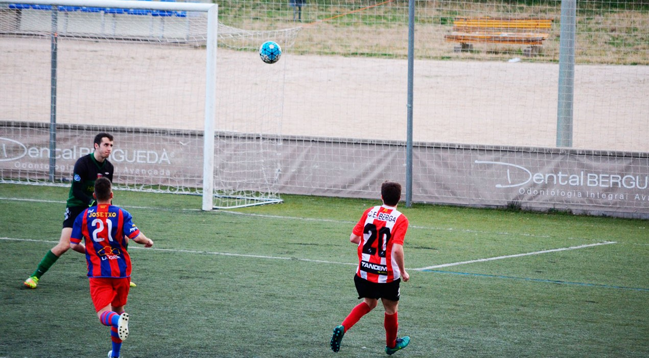 El Berga venç el Sallent amb una jugada de pissarra i una genialitat d'Edu Vila (2-1)