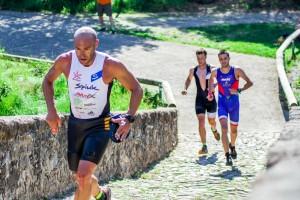 El Swimrun s'estrena al Berguedà amb l'objectiu de quedar-s'hi