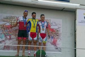 El ciclista berguedà Rafa Parés puja al tercer calaix del podi del Campionat de Catalunya de M30