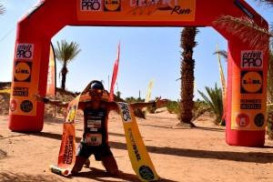 Victòria incontestable del berguedà Xavi Tomasa a la Desert Run de Merzouga, al Marroc