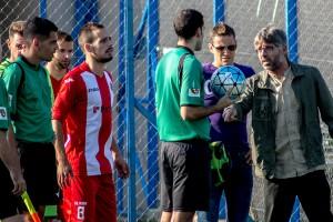 Xavi Posas dimiteix com a entrenador del primer equip de l'Avià