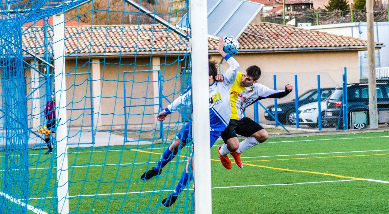 L'Avià sorprèn el Gironella i s'endú un derbi de necessitats (3-1)