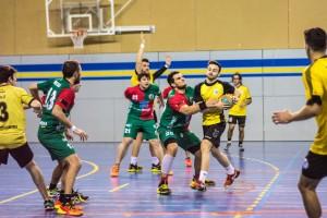 L'Handbol Berga planta cara a un líder en un altre nivell (17-26)