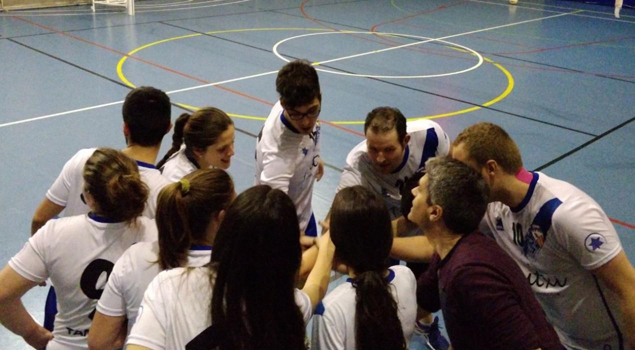 El Vòlei Berga competeix en un duel desigual (3-0)