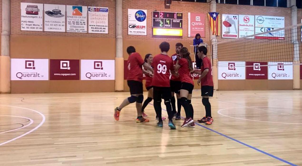 El Vòlei Gironella cau en el darrer set contra el Volei6 Manresa (2-3)