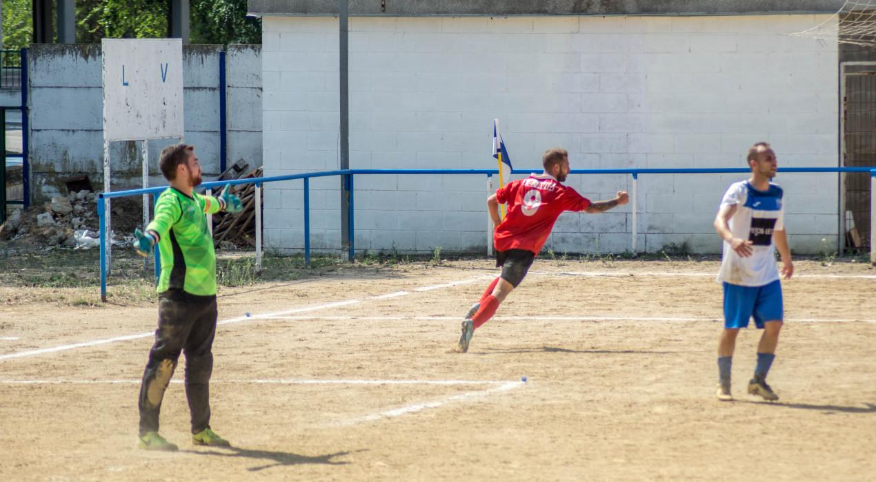 L'Avià B rasca un punt al camp de la Balconada B (2-2)