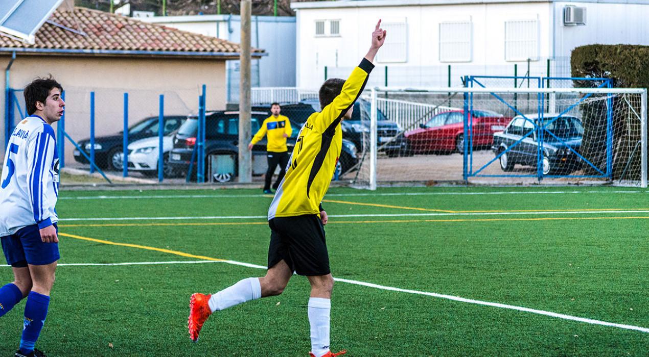 El Gironella s'endú el derbi contra l'Avià a cop d'eficàcia (0-2)