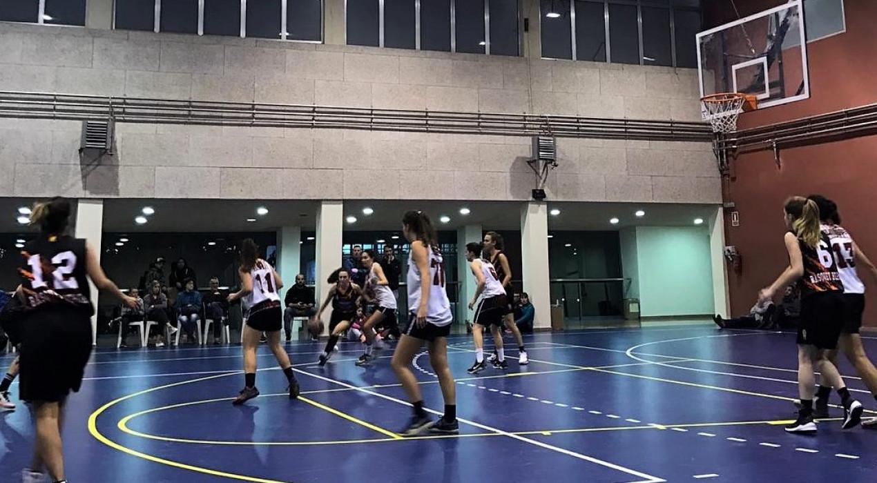 El Bàsquet Berga femení encadena la segona victòria amb solvència (74-62)