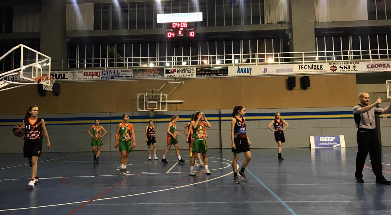 El Bàsquet Berga femení no pot competir amb el colíder (34-65)