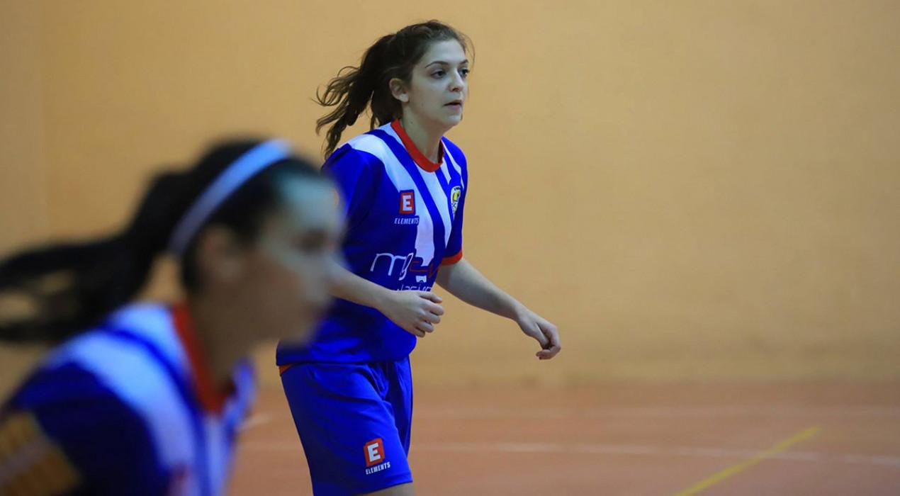 El filial femení del FS Casserres mereix més a la pista del líder (2-0)