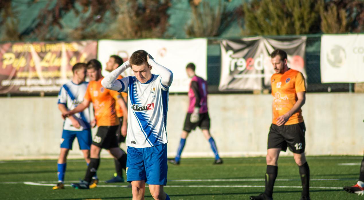 L'Avià cau golejat contra un Calaf tan líder com efectiu (2-5)