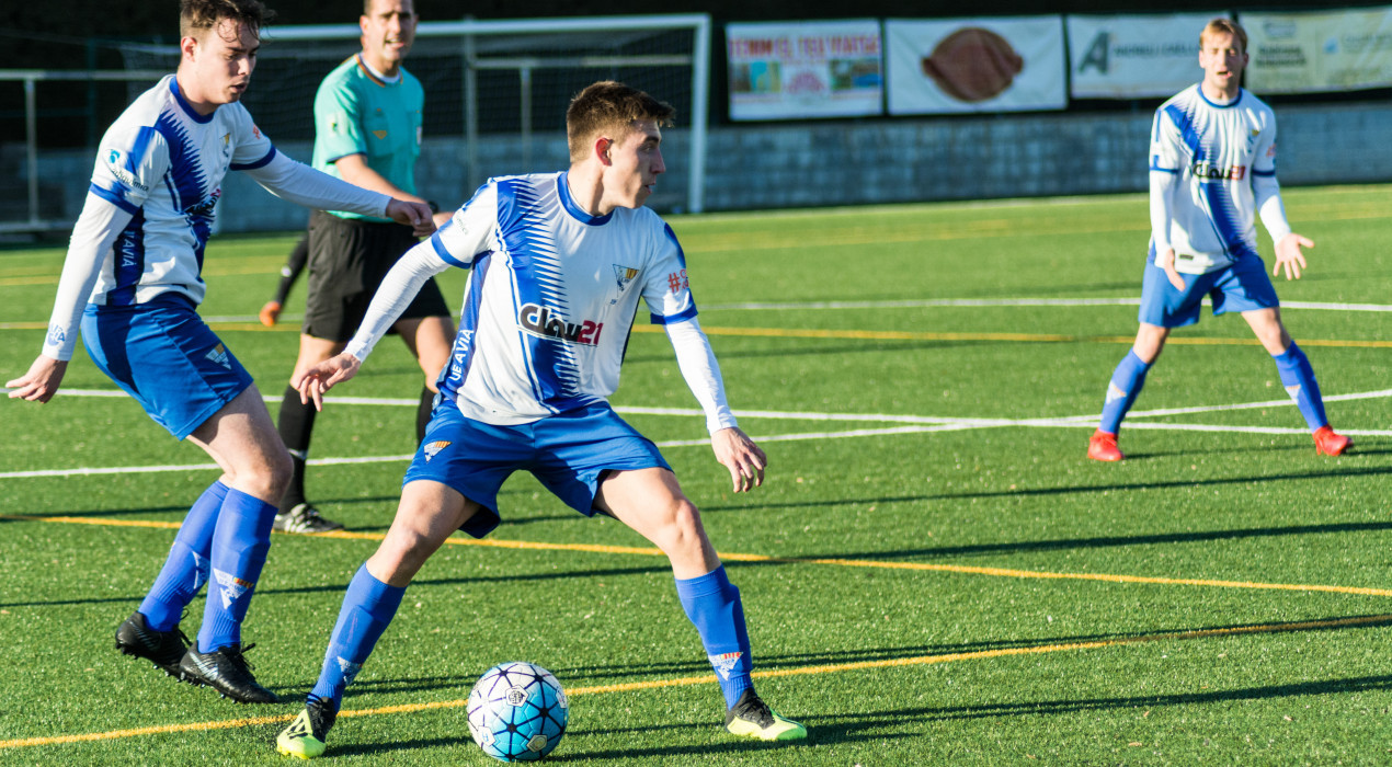Un gol a l'últim minut condemna l'Avià (2-3)