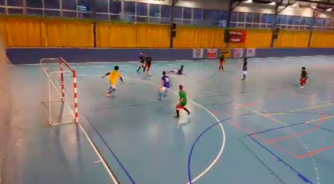 El FS Puig-reig ensopega de nou i perd opcions de lluitar per l'ascens (3-7)