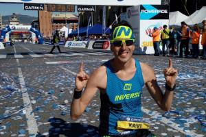 Xavi Tomasa brilla a la Marató de Barcelona i aconsegueix la tercera millor marca de la història d'un berguedà