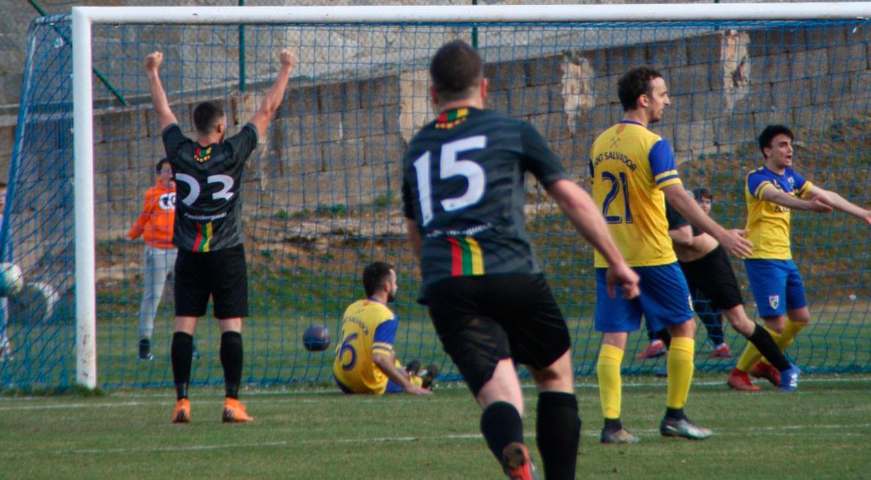 Un gol 'in extremis' decanta el derbi de l'Alt Berguedà cap al CCR (1-2)