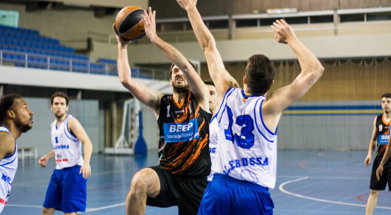 El Bàsquet Berga manté la ratxa gràcies al darrer parcial (60-54)