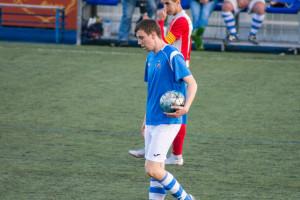Repartiment de punts entre Olvan i Avinyó en un partit de tràmit (0-0)