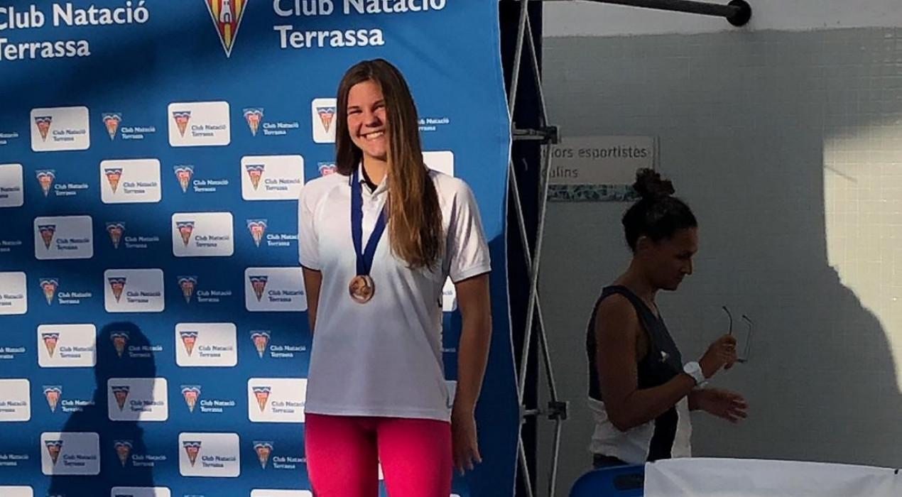 Àneu Ferrer aconsegueix 3 medalles de bronze al Campionat d'Espanya Júnior de Natació