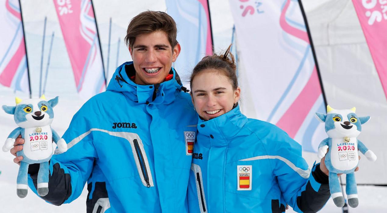 Maria Costa, or olímpic, i Ot Ferrer, bronze, en esprints d'esquí de muntanya