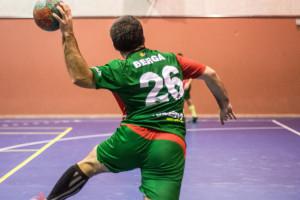 Els sèniors i els juvenils de l'Handbol Berga renuncien a disputar partits oficials fins al setembre