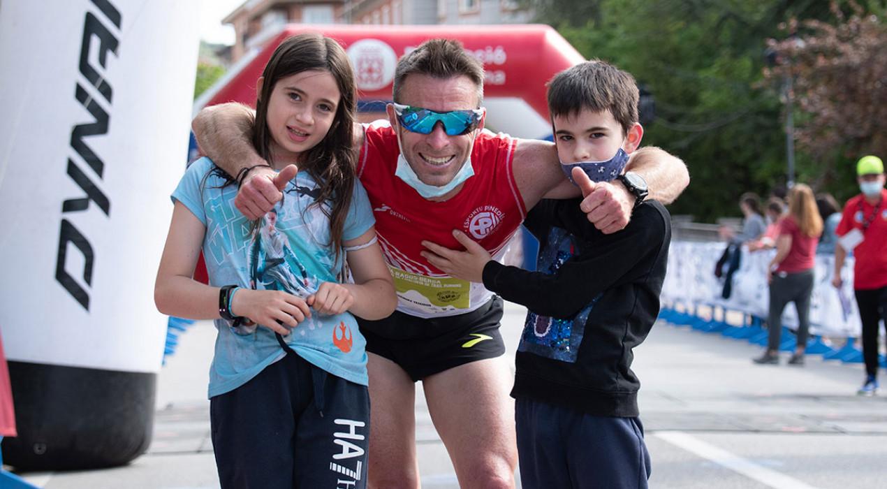 Eduard Hernández i Núria Gil es proclamen campions de Catalunya de trail en una Berga-Rasos-Berga per recordar